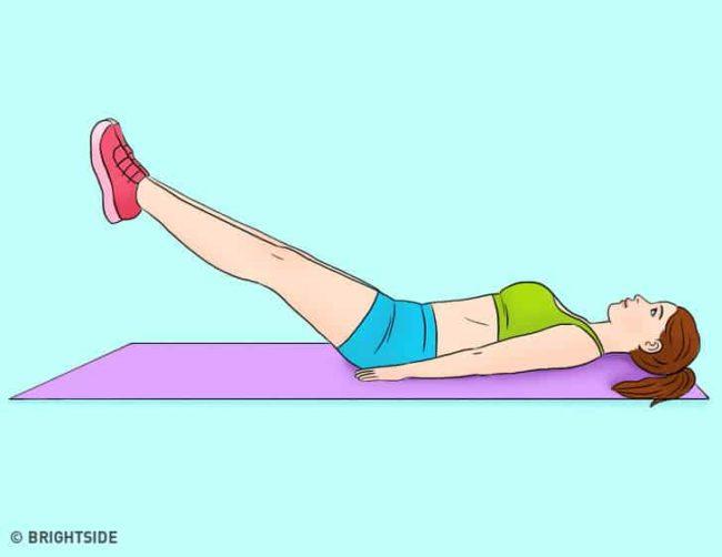 nâng chân bài tập giảm mỡ bụng sau khi sinh