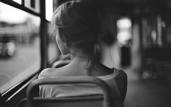 Hàm lượng nội tiết tố có trong thuốc tránh thai có thể làm chất dẫn truyền thần kinh bị mất cân bằng, làm tình trạng trầm cảm càng thêm nghiêm trọng.
